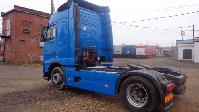 грузовой тягач-седельный Volvo FH